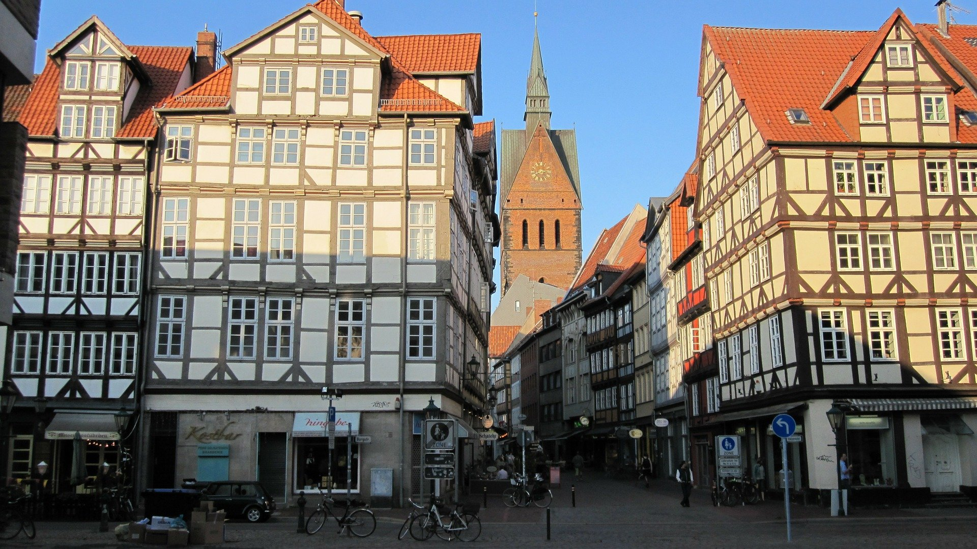 Hübsche Altbauwohnung in 30453 Hannover